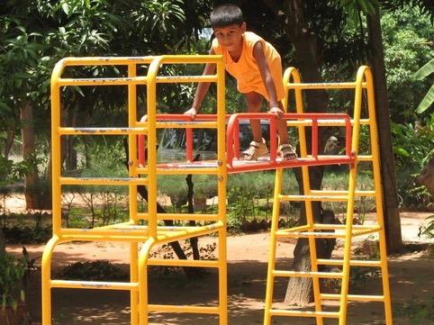 playing-kid-1436468-640x480 (1)